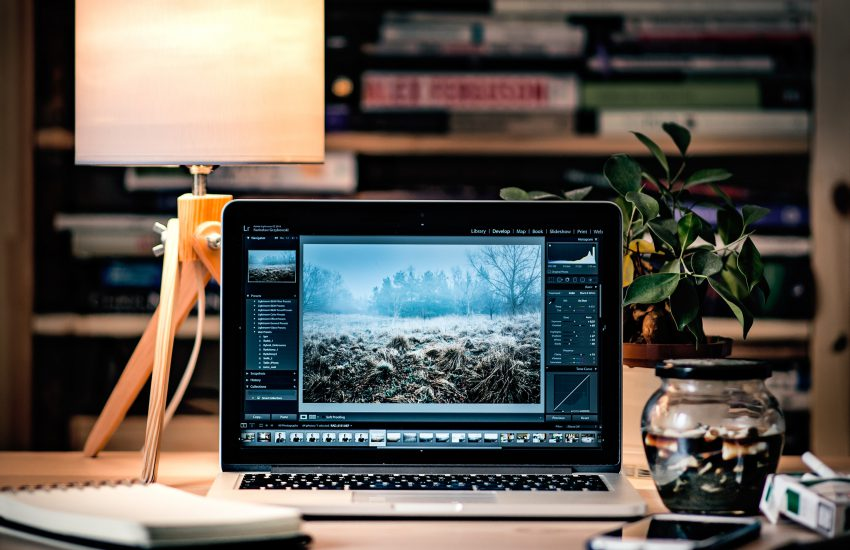 phot editing 850x550 - The Best Photo Editing Apps - The Apps You Need to Edit Photos