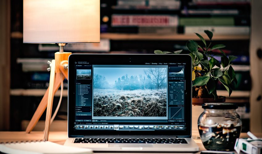 phot editing 850x500 - The Best Photo Editing Apps - The Apps You Need to Edit Photos